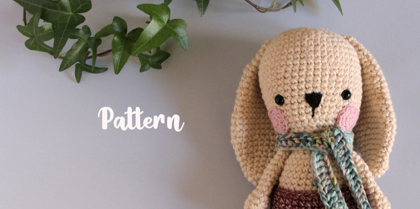 Amit, the friendly rabbit [free pattern]